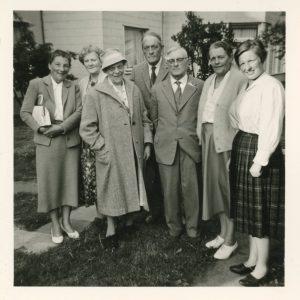 Rudolf Hartung mit seinen Geschwistern