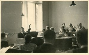 Chorprobe am Landestheater 1933/34