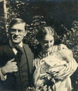 Grete und Rudolf mit ihrem Sohn Fritz