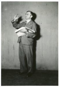 Viele Aufführungen seiner Werke dirigierte der Komponist selbst